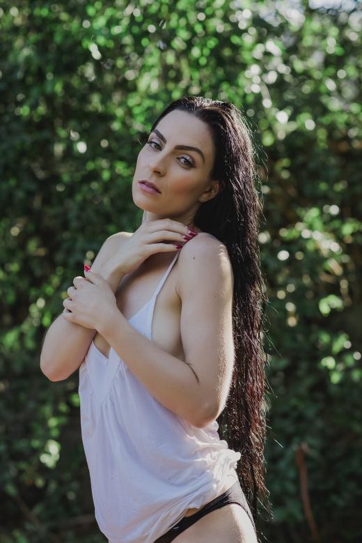Shannon Lullubelle